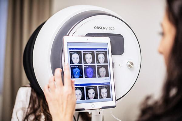 Mit der Observer-Technologie lassen sich allfällige Hautveränderungen treffend diagnostizieren.
